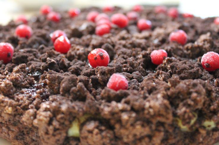 Sbriciolata al cioccolato con mirtilli e crema | PastaMamma