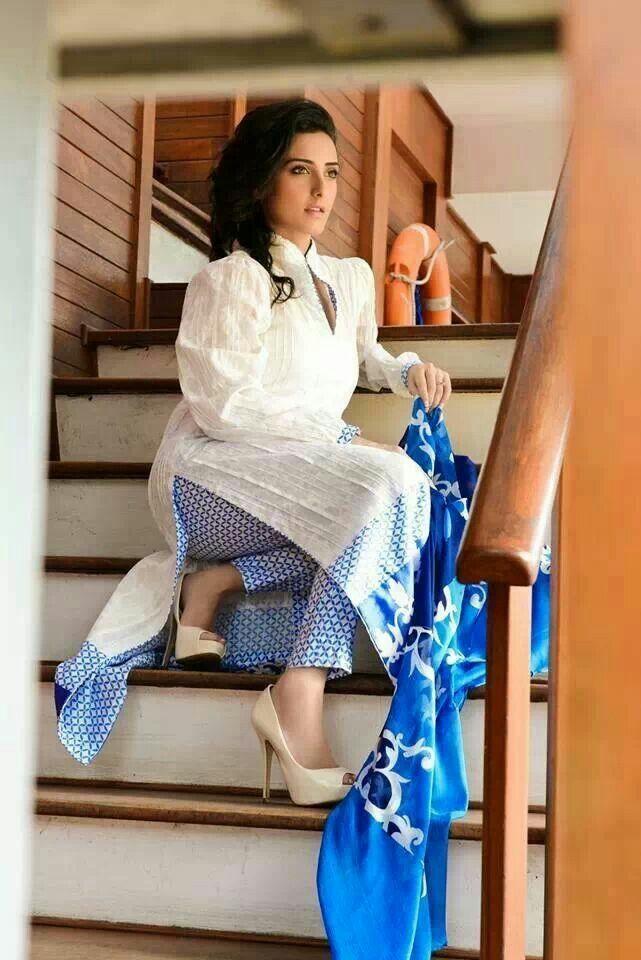 Lawn cotton Punjabi suit