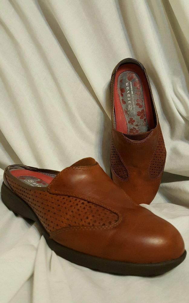 Aravon by new balance Jada sz 7 D brown leather mules vibram soles | Clothing, Shoes & Accessories, Women's Shoes, Flats & Oxfords | eBay!