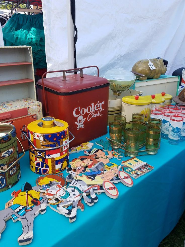 Welcome back to the Let's Go Junkin' series! Last month I attended the Country Living Fair in Columbus, OH and...