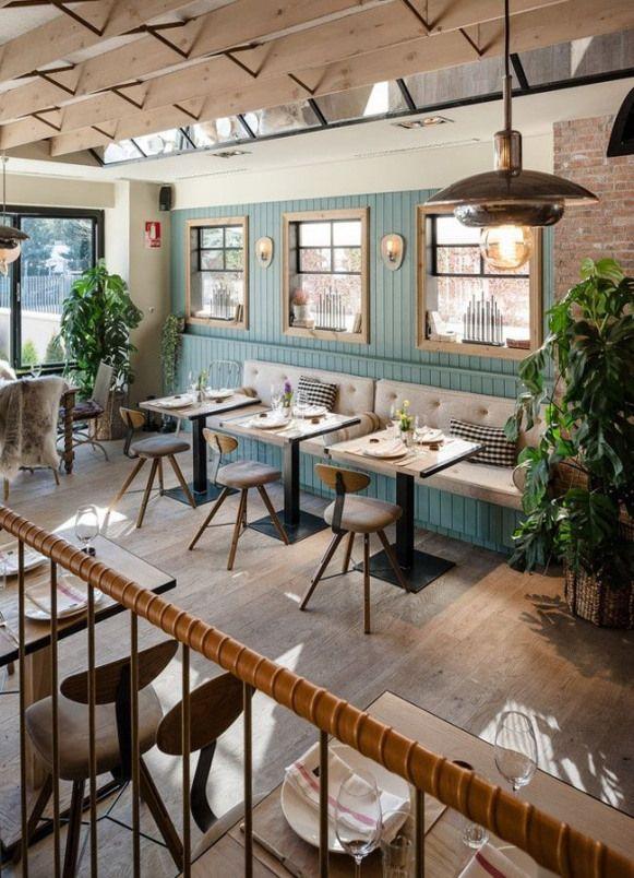 Guito S Restaurant In Madrid With Scandinavian Interior And Recipes Restaurant Restaurant Wood Restaurant Interieur Cafe Interieur Cafe Dekoration