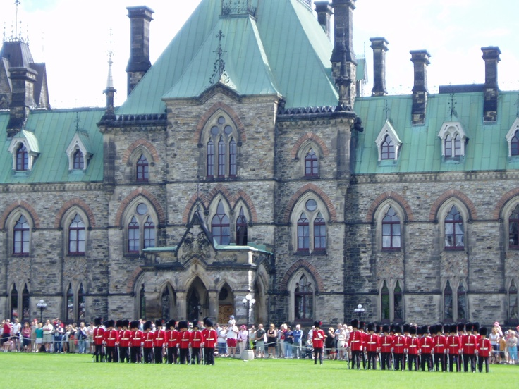 Parliament Buildings, Ottawa, Ontario. Amazing. http://www.kaltire.com/
