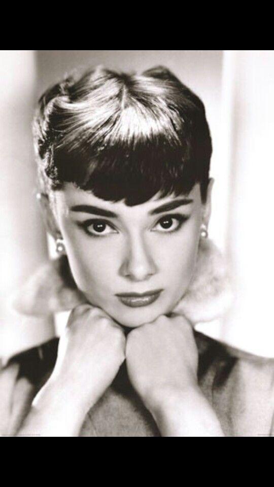 Mejores 435 imágenes de Audrey Hepburn en Pinterest | Desayuno en ...