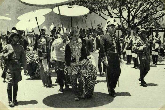 18 March 1940. Coronation of Hamengku Boewono IX as Sultan of Yogyakarta.