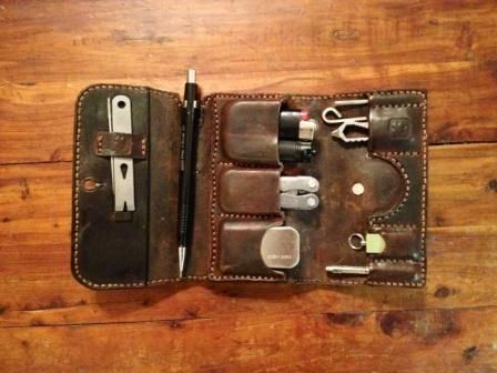Pre-sale EDCF Lucky Leathers EDC Wallet with Burt's Bees pouch Small -  Chocolate