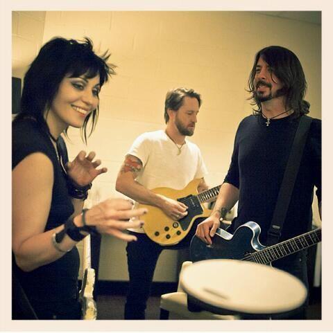 Joan Jett, Chris Shiflett and Dave Grohl