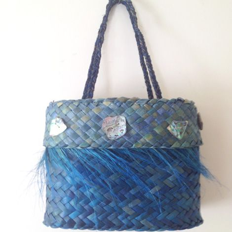 KETE - hand woven - FLAX KETE by Eve.