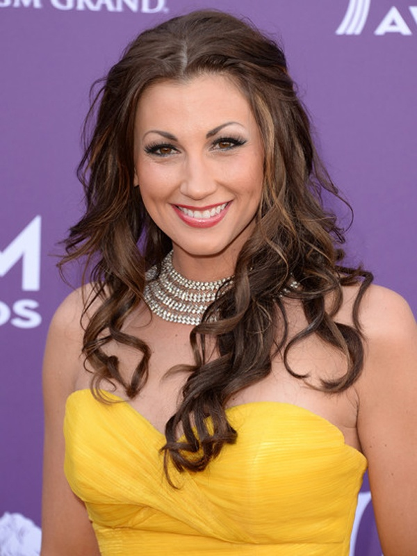 ACM Awards 2013: Danielle Peck http://beautyeditor.ca/gallery/acm-awards-2013/danielle-peck/