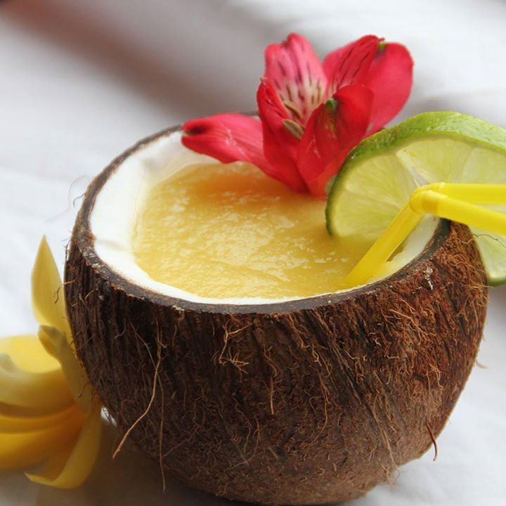 Dreamy Exotic smoothie - #AHlente #ahlente Mango, Piel de sapo meloen, Limoen, Kokossap.