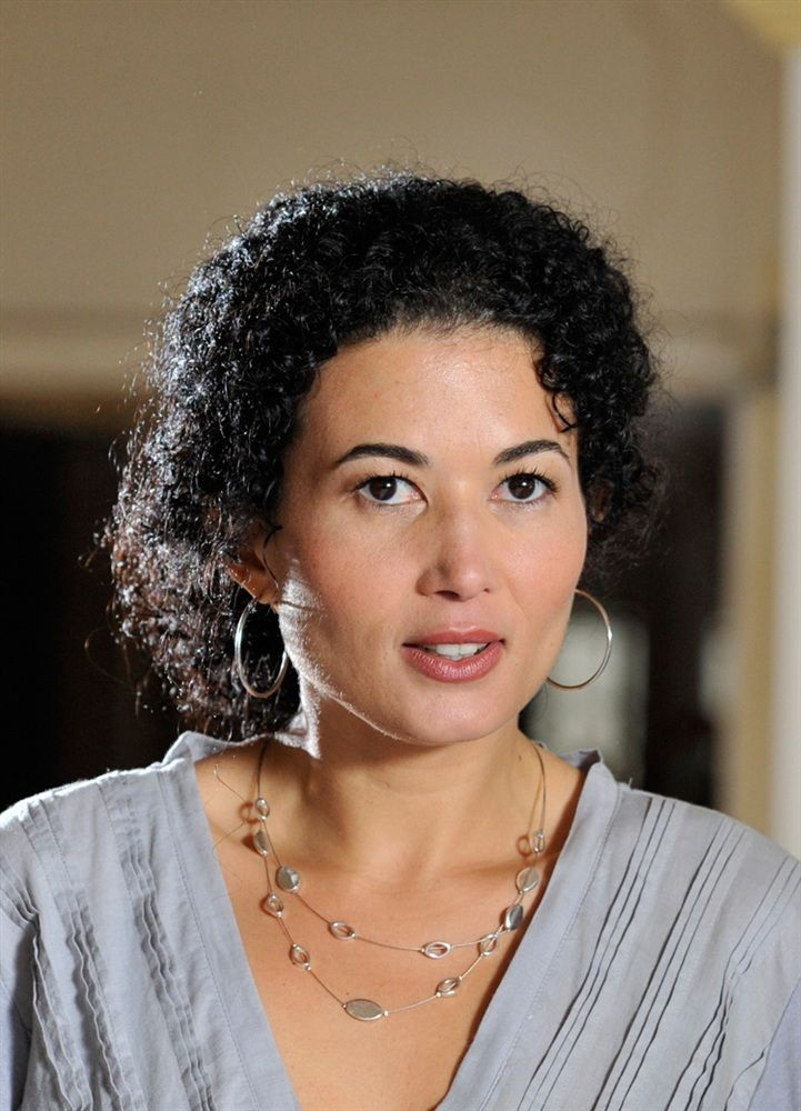 Fabienne Maillot- Fiche Artiste  - Artiste interprète,Voix off,Professeur - AgencesArtistiques.com : la plateforme des agences artistiques