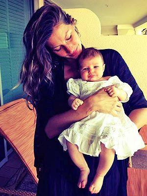 Tom Brady Gisele Bündchen with their daughter Vivian