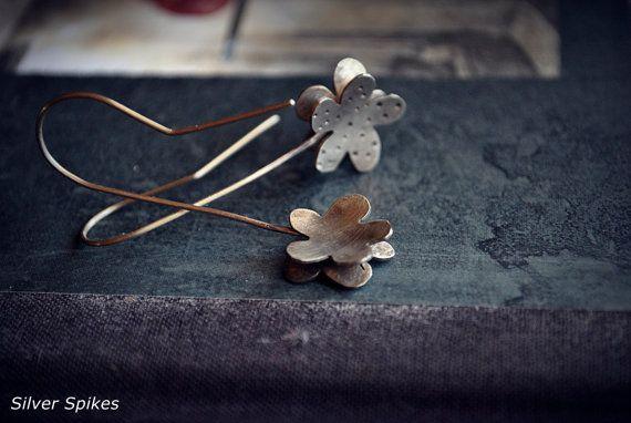 Silver earringsHandmade earringsSilver flower by SilverSpikesShop