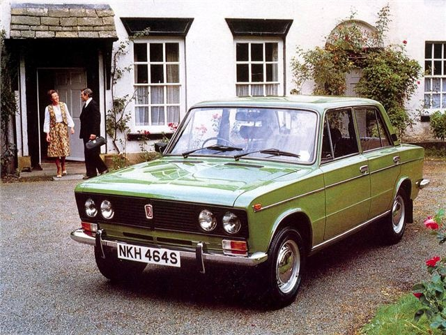 Lada 1500 in green