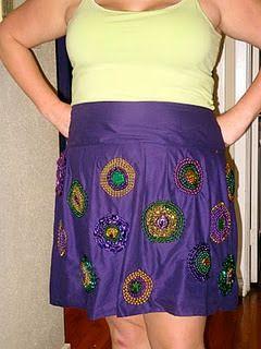 Looks like a good skirt for Mardi Gras next year. (image via Pinterest user @newlywedinNOLA)