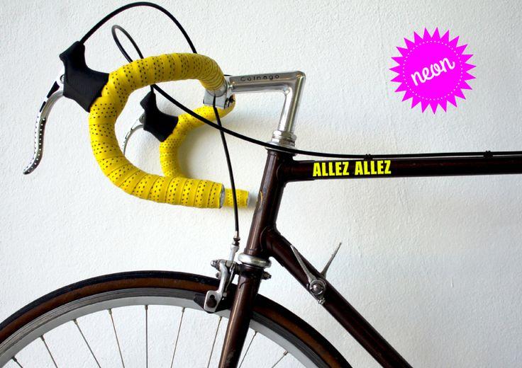 Neon Fahrrad Aufkleber ♥ Allez Allez von hellographic auf DaWanda.com