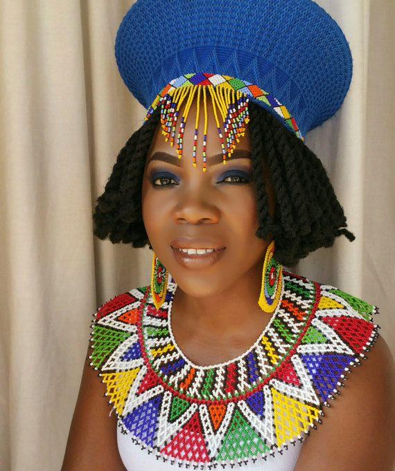 Zulu-traditionelle Hochzeit Kleidung Hut Ohrringe und von ZuluBeads