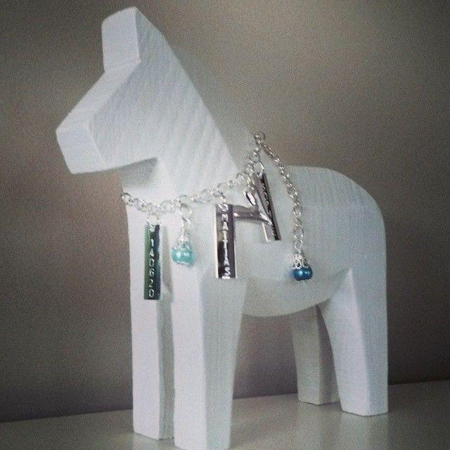 Stor Bröllopshäst med vaxade glaspärlor