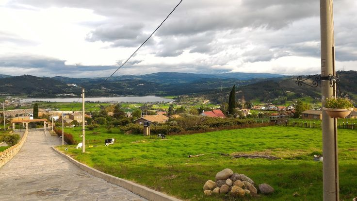 When I first came to Colombia, the lady from payroll had a last name 'Paipa'. When I first heard of Paipa , Boyacá , I was wondering why d...