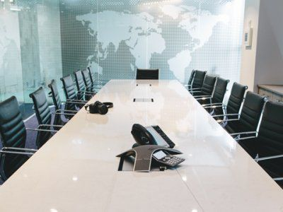 Conference room accentuated with a frosted glass map for Stellar Como.
