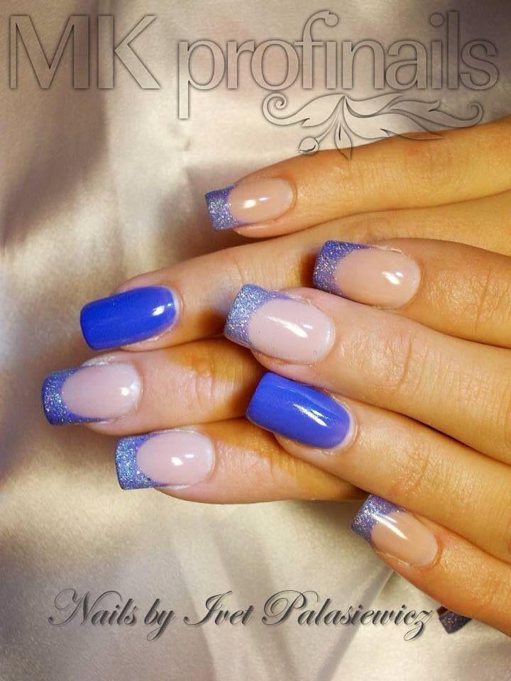 nail art - French tips + accent nail