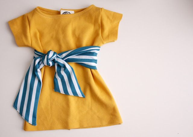 Cute shift dress for baby girl, now I need to find more upcyclable tshirts... :)