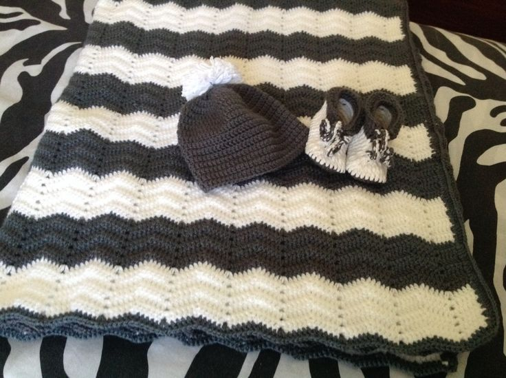New born to 3 months baby set.