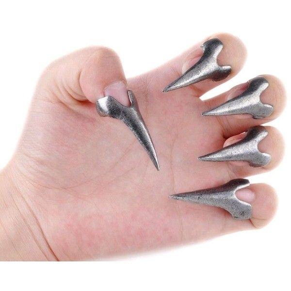 Wholesale 10pcs Hot Retro Punk Rock Gothic Talon Nail Finger Claw... (€2,96) ❤ liked on Polyvore featuring jewelry, rings, punk jewelry, talon jewelry, spikes rings, claw ring and gothic jewelry