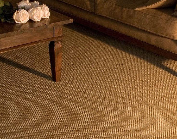Jabo Sisal Tapijt kwam in 1953 in de handel en bestond uit: Hennep, Sisal en Kokosvezels en werd machinaal geweven tot kamerbreed tapijt.