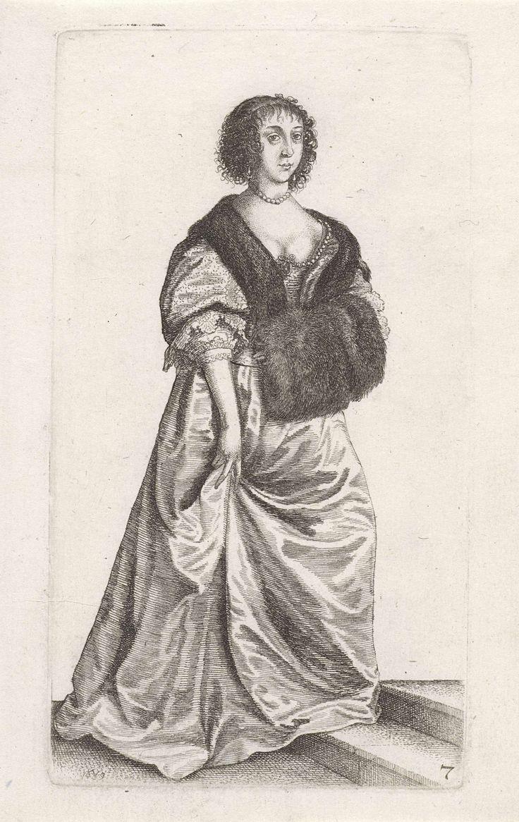 Wenceslaus Hollar | Ornatus Muliebris Anglicanus (The Clothing of English Women), Wenceslaus Hollar, 1639 | Engelse vrouw, staand op een traptrede, met het haar strak naar achteren gekamd maar op het voorhoofd en vanaf de slapen hangende gefriseerde krullen. Aan de linkerkant is een deel van een strik in het haar zichtbaar. Druppelvormige oorhangers en rond de hals een parelsnoer. Gekleed in een japon bestaande uit een kort lijf met lage rechte halsuitsnijding, hoge taille, schoot, wijde…