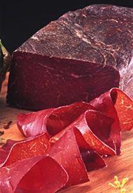 Bündnerfleisch - air dried #beef spiced with #herbs, great for #Fleischplatten