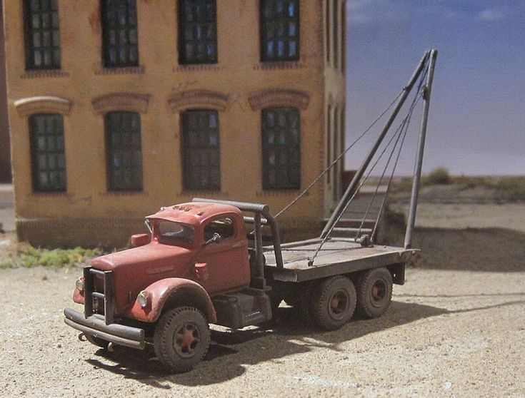 White 4000 Oilfield Boom Truck 13 Ho Scale Models
