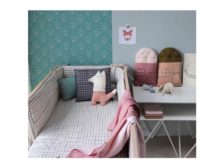 Camomile London - Drap housse imprimé carreaux ivoire - 60 x 120 cm #paris #baby #babygirl #babyboy #fashionkids #puériculture #bebe #bébé #maternité #listedenaissance #naissance #cadeaunaissance #futuremaman #grossesse #enceinte #jeu #jouet #enfant #activité #deco #kids #babyroom #kidsroom #camomilelondon #lingedelit #babyroom
