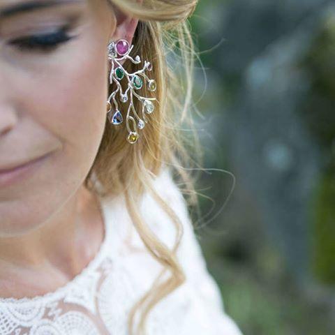 Especial noivas no blog #CasarcomGraça com jóias #MariaJoãoBahia #authorjewelry 'elegance is an attitude'  #joiasdeautor #30anniversarymariajoaobahia #DJWE16  www.mariajoaobahia.pt