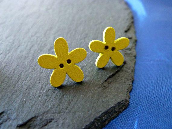 Handmade flower earrings yellow flower by KelwayCraftsYorkshir, £0.99