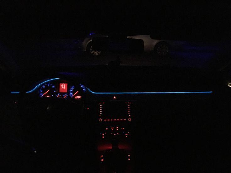 Fir neon albastru pe Passat B6