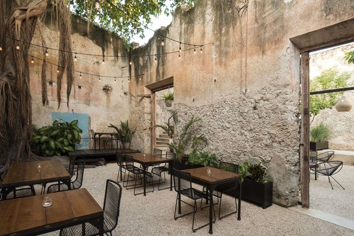 Colonial House Recovery on 64th Street by Nauzet Rodríguez, Merida – Mexico