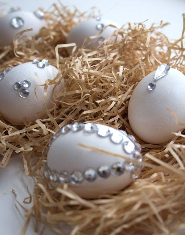 DIY Blingy Easter Eggs
