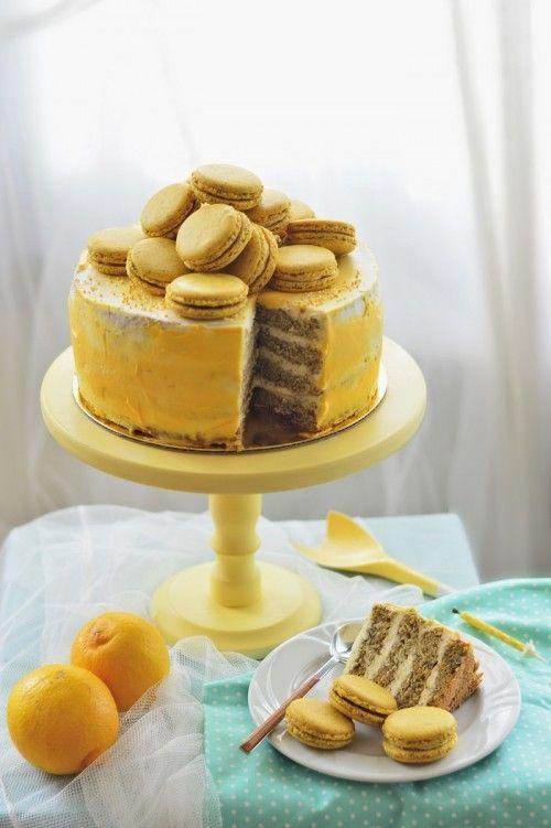 Citromos-mákos születésnapi torta