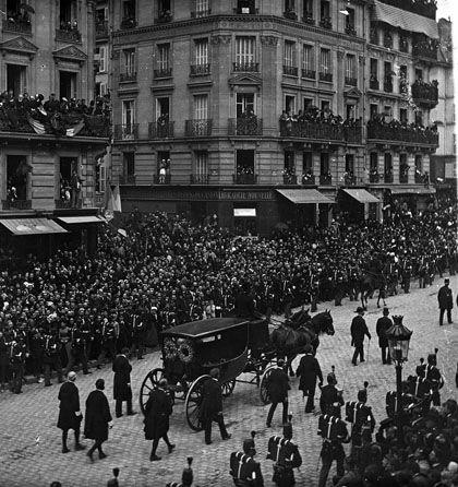 1er juin 1885 - Funérailles de Victor Hugo .