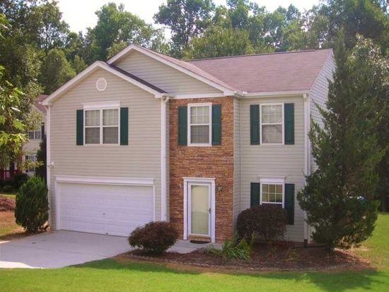468 Crested View Dr, Loganville, GA 30052 #realestate See all of Rhonda Duffy's 600+ listings and what you need to know to buy and sell real estate at http://www.DuffyRealtyofAtlanta.com