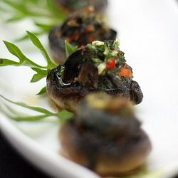 Oven-baked snails & white button mushrooms with chilli garlic herb butter #blackandwhite