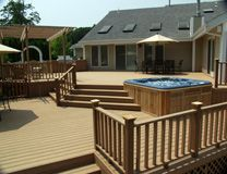 Google Image Result for http://www.deckandpatio.com/i/trex-deck2.jpg