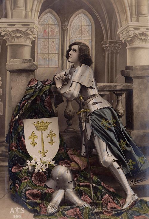 "beyondthegoblincity | ""Jeanne d'Arc at Prayer"" | source: my collection/scandal"