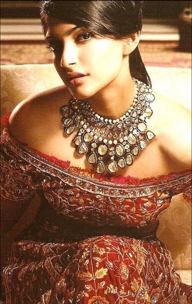 Bollywood Celebrity - Sonam Kapoor