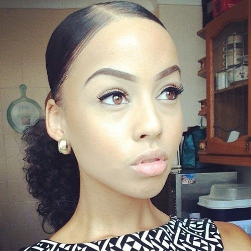 Astounding 1000 Ideas About Natural Hair Ponytail On Pinterest Hair Hairstyles For Women Draintrainus