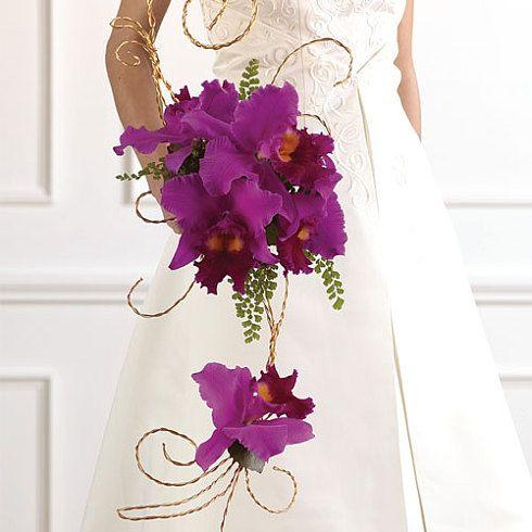 Свадебные букеты ( из орхидей - каскадные № 1 ) WS064-11 - Those are gorgeous! No need for the dangling one either.