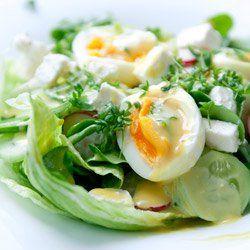 Sałatka z jajkiem i fetą | Kwestia Smaku