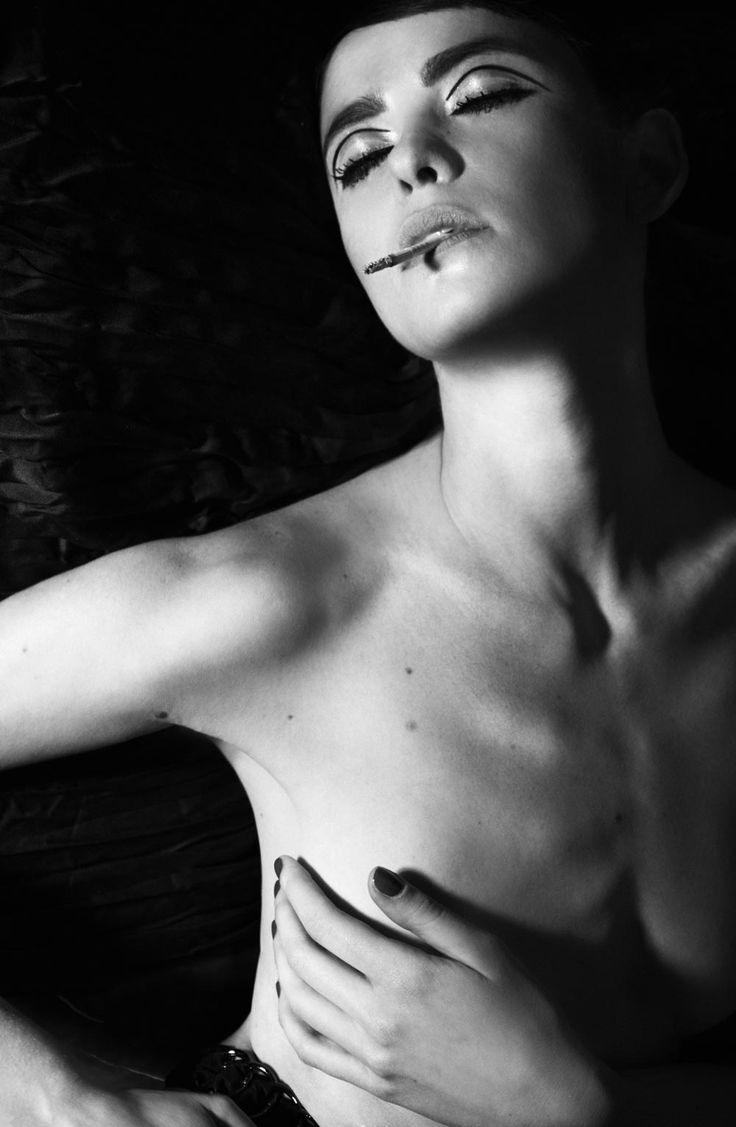 Brigade Mondaine Press Normal Magazine PHOTOGRAPHER : Stéfanie Renoma ARTISTIC DIRECTOR : Raphael Say MODEL : Tanya Chubko MAKE UP : Tom Sapin HAIR : Virginie Carmen Lola Copyright © All Rights Reserved