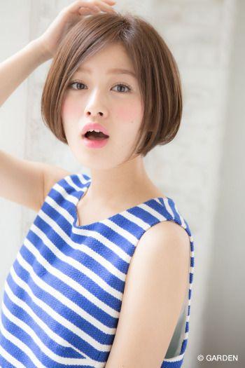『joemi』顔型に合わせたカットで横顔も可愛い♪ キュートな小顔ショートボブ (赤井希望) | GARDEN HAIR CATALOG | 原宿 表参道 銀座 美容室 ヘアサロン ガーデン