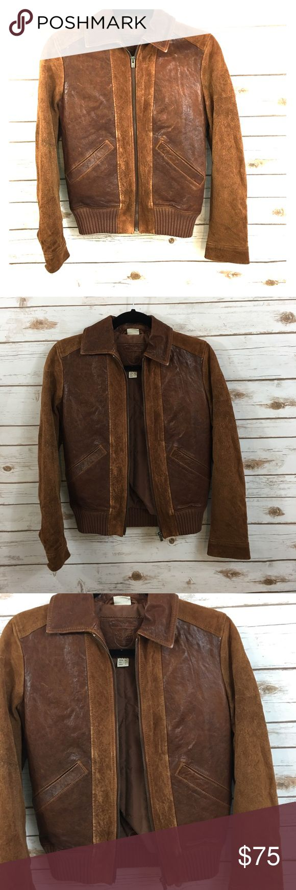 Womens Timberland Jacket Women's Timberland Brown Bomber Lambskin Jacket. US Size 2. This is a well made jacket with very soft, supple leather. Timberland Jackets & Coats